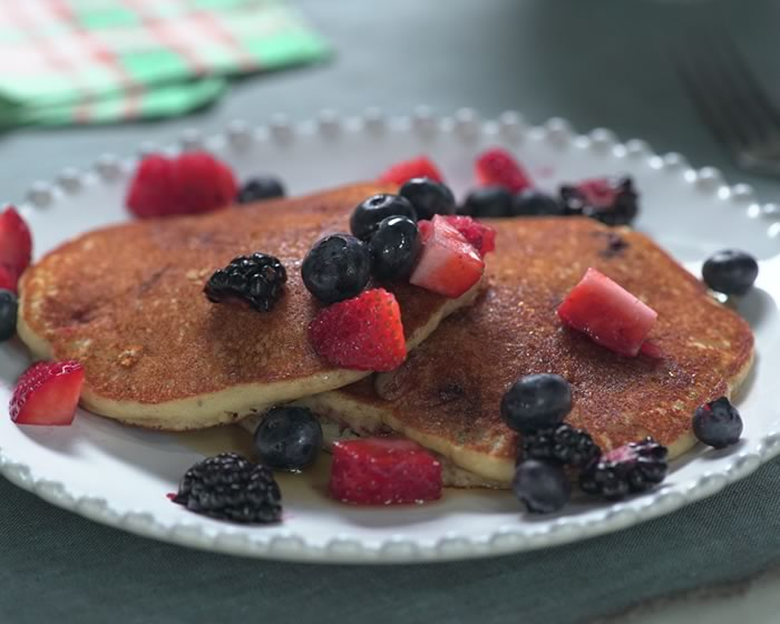 Wholegrain Mixed Berry Pancakes (Gluten-free)