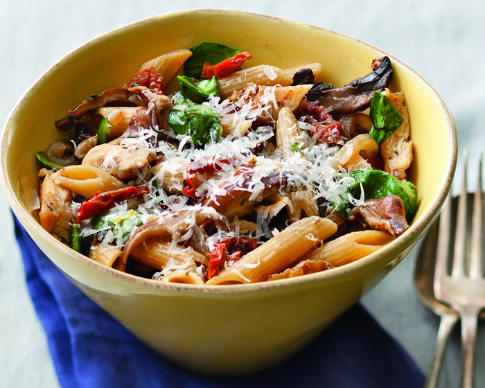 Whole Grain Penne with Chicken, Mushrooms and Spinach