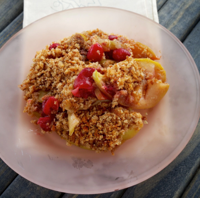 Apple Cranberry Brown Betty