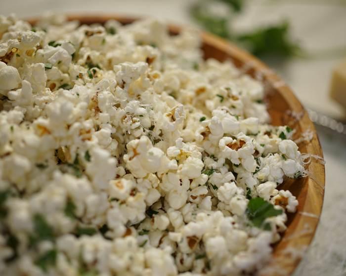 3-Ingredient Parmesan Popcorn