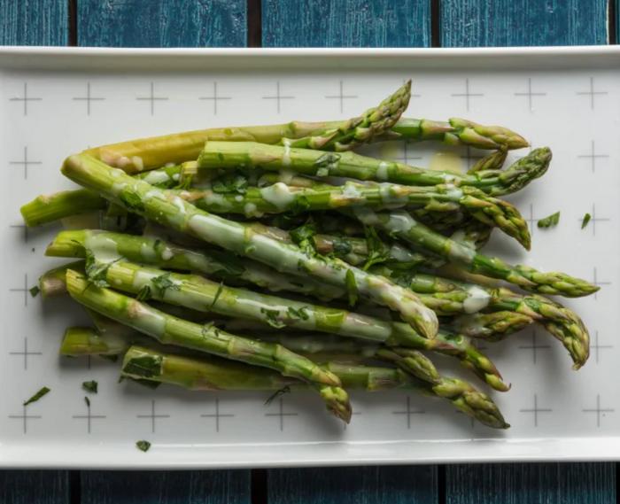 Asparagus with Avgolemono