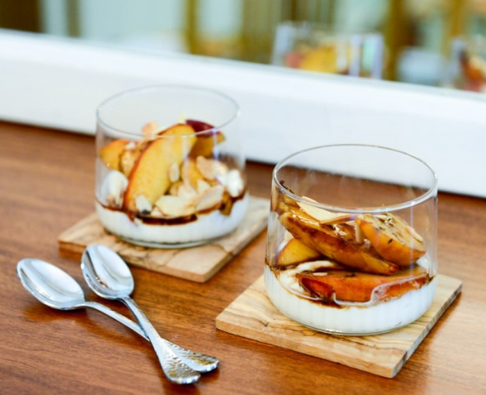 Balsamic Peaches With Ricotta Cream and Almonds